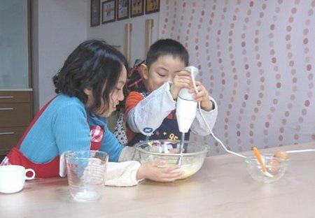 手作りチョコケーキ、小学生の手作りケーキ