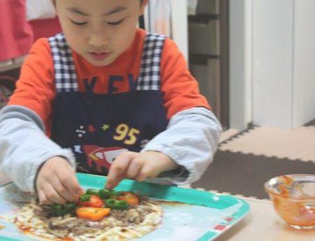 手作りピザ、小学生の手作りピザ